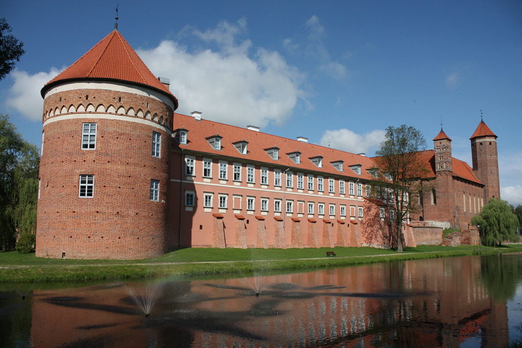 Around Letnia Kuchnia : Gothic Castle Lidzbark Warminski