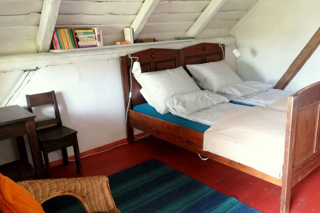 Twin bedroom in the barn