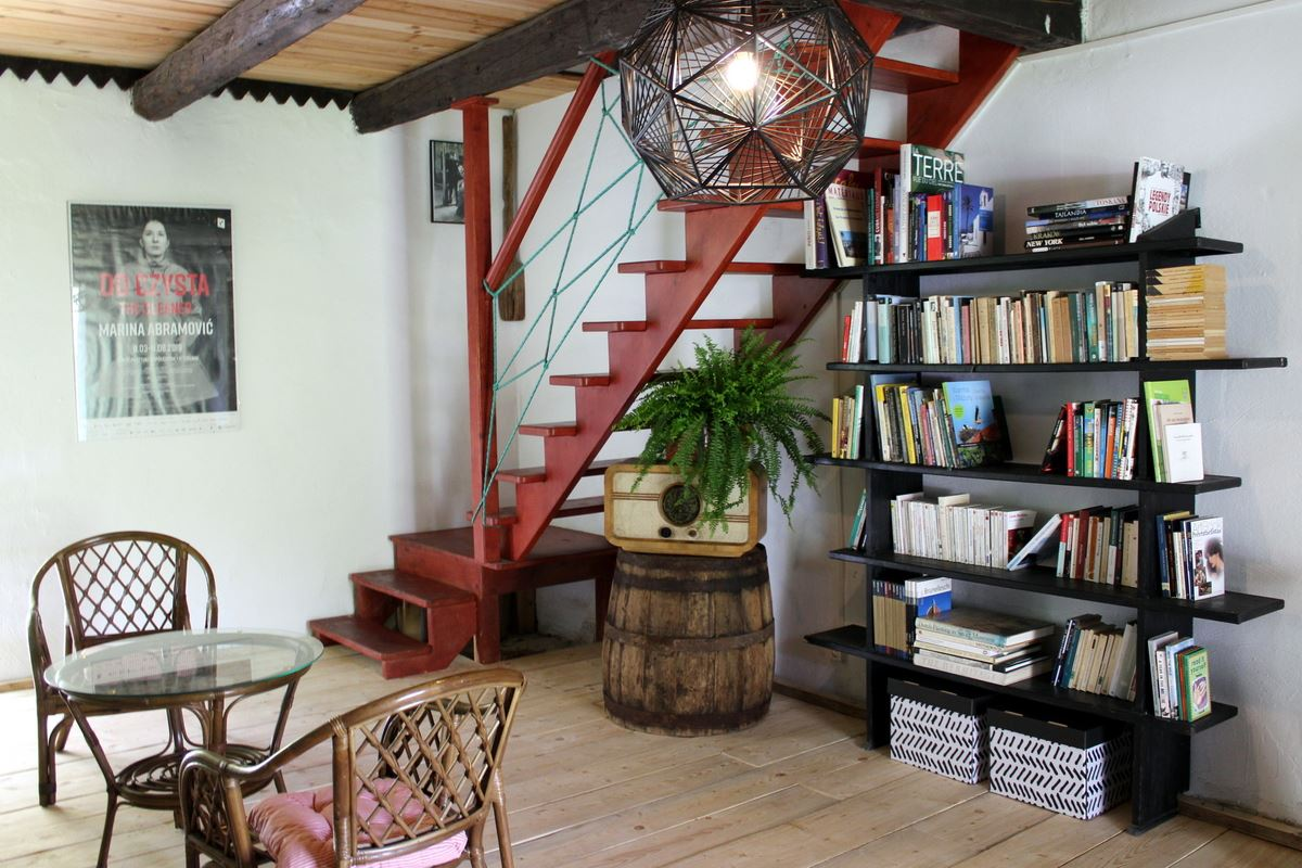 Library for guests in Letnia Kuchnia B&B